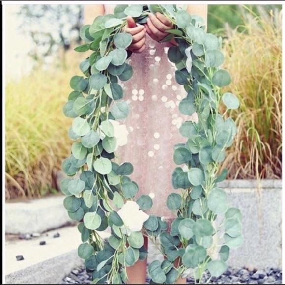 Hanging Eucalyptus Vine Garland